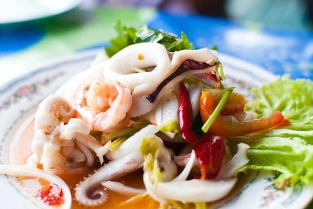 Tailandesa Yum mariscos.