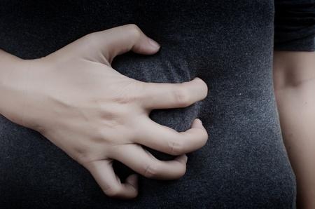 dolor de estomago: Se�ora dolor abdominal. Foto de archivo