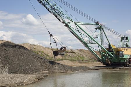 dredge: Career dredge on extraction of gravel