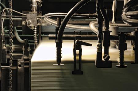 オフセット印刷機用詳細シート フィーダー