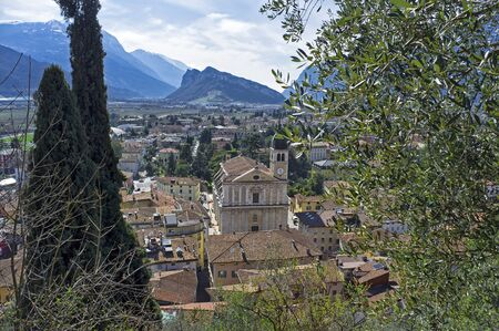 panoramic view from the castle, of Arco -Trento on Lake Garda, in Italy 版權商用圖片