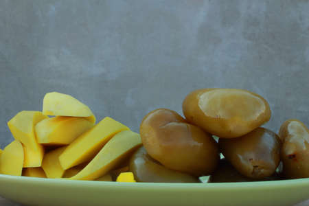 preserved: Preserved fruit on a green plate