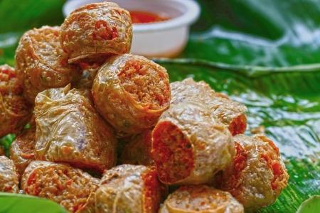 市場 - 中国の食糧の揚げスナック。 写真素材