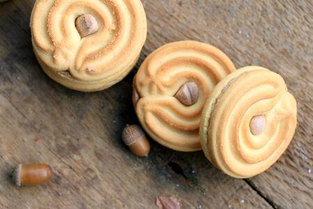 cookies and cream: tasty cream cookies