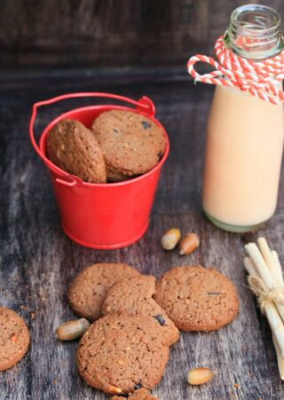 sour milk: Tasty chocolate chip cookie and sour milk