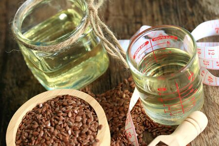 linseed: Linseed oil and flax seeds