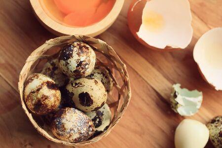 codorniz: y la yema de huevos de codorniz Foto de archivo