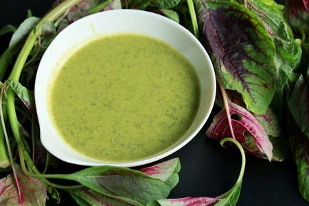 spinach: sopa de espinacas