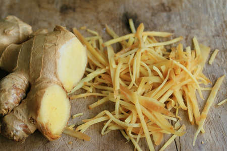 fresh ginger: fresh ginger