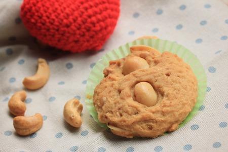 kinfolk: Cashew Cookies