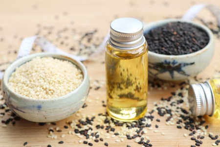 Sesame oil with seeds