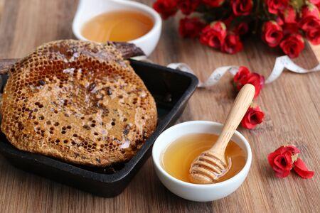 Sweet honeycomb and honey Reklamní fotografie - 97218563
