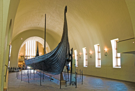 Oseberg Schip in Vikingschip Museum in Oslo. Noorwegen. 12 april 2010