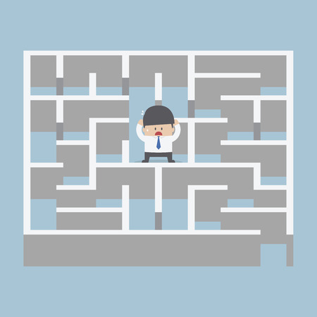 Businessman standing in center of the maze, VECTOR, Çizim