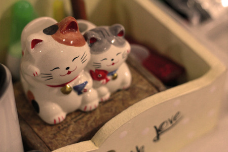 ceremic: Cat family dolls