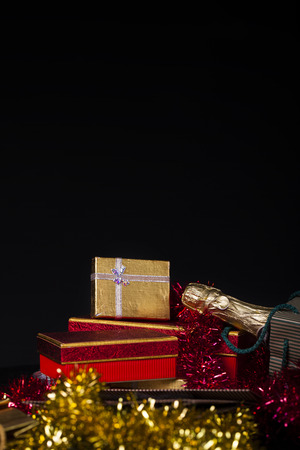 shopping champagne: Gift Boxes and Champagne