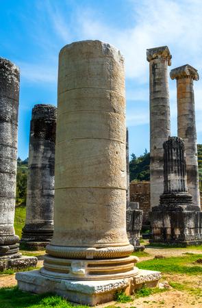 templo griego: Greek Temple of Artemis near Ephesus and Sardis Foto de archivo