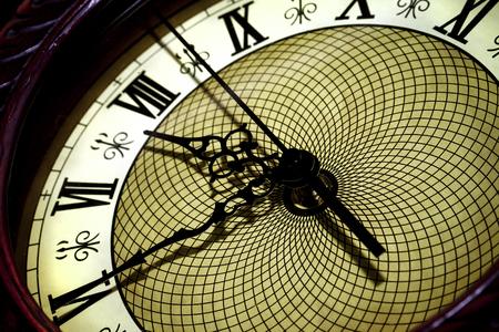 noon: Clock