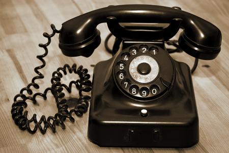 ヴィンテージの古い古典的な電話通信デバイス 写真素材