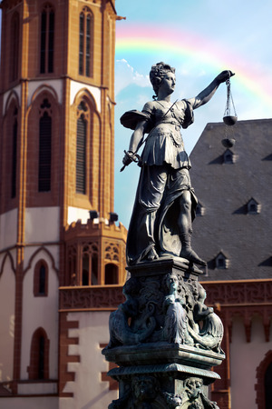 roemerberg: Statue of Lady Justice (Justitia) in Frankfurt, Germany