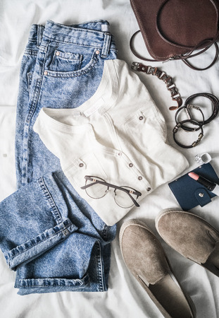 Summer women's fashion clothes set mom's jeans, suede sneakers,..