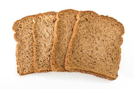 Gehele het broodplakken van de korrelsandwich, op witte achtergrond. Stockfoto