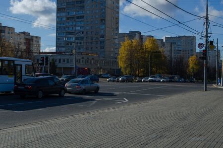 Lenin Avenue, bus stop Victory Square at the traffic lights
