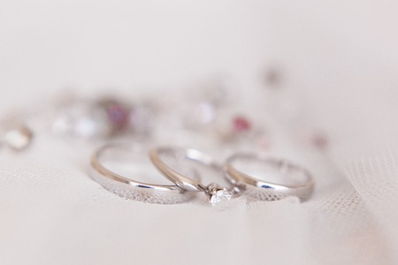 Wedding rings of white gold and angage ring