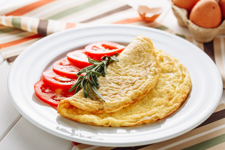 Fried Greasy Omelette Tomato for Healthy Breakfast Archivio Fotografico