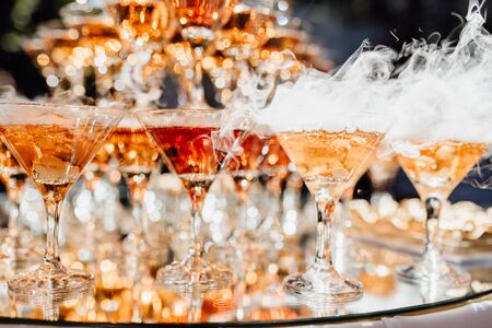 Dry Ice Champagne Glasses Pyramid Decoration