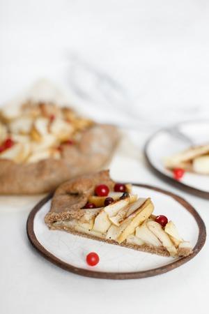 jewish home: Apple pie galette tart