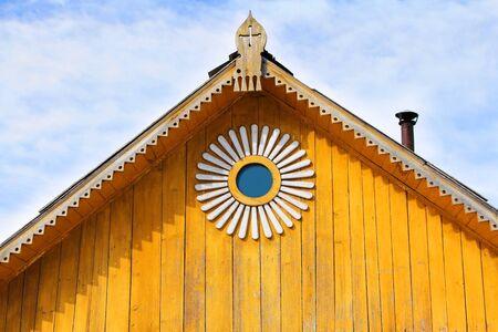 Wood roof decoration