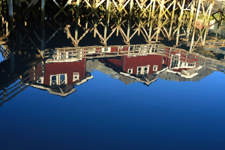 House reflected in the water Stock Photo - 10305798