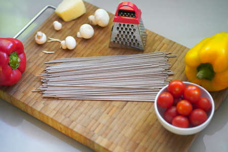 Blurred Still Life of cooking buckwheat noodles 免版税图像