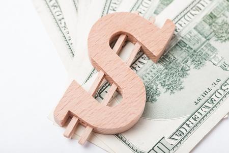 encogimiento: El coste de los recursos naturales