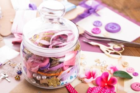 papel artesanal: Scrapbooking materiales de manualidades en botella de vidrio