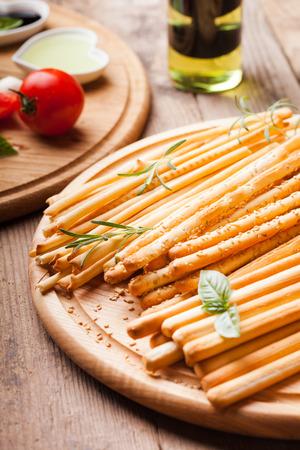 breadsticks: Los diferentes tipos de grisines - tradici�n grisines italianos Foto de archivo