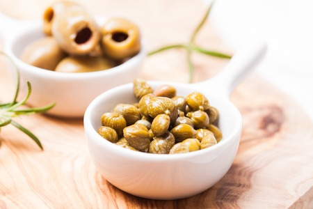 capers: Marinated capers