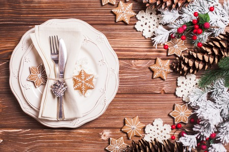 christmas dish: Christmas serving table in shabby chic style. Gingerberad decorations Stock Photo