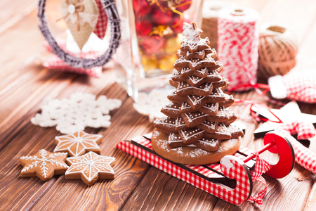 pastry cutters: Christmas decorations. Christmas tree from gingerbread cookies Stock Photo