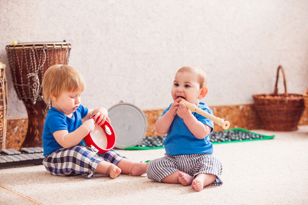 duet: Boys with musical instruments