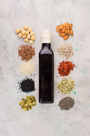 Making the cold-pressed oil for every taste Standard-Bild