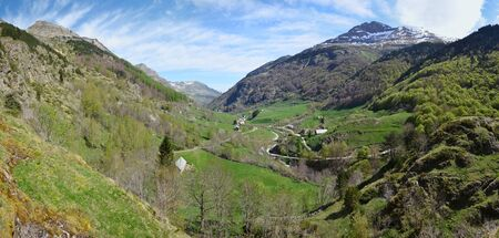 gave: Gavarnie is a small village in the mountain valley of the river Gave de Pau.