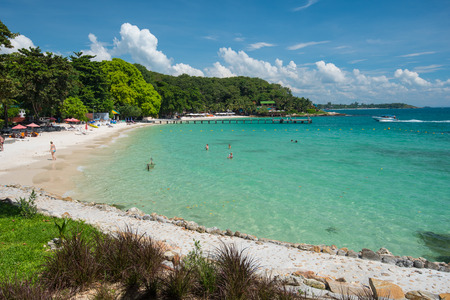 samet: Long sandy beach is photographed in the cozy bay of Ko Samet island in the gulf of Thailand.