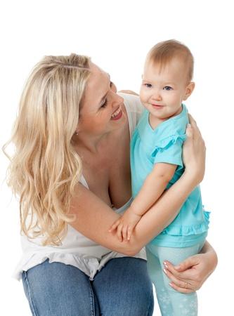 Portrait des Liebens Mutter und ihr Kind auf weißem Hintergrund