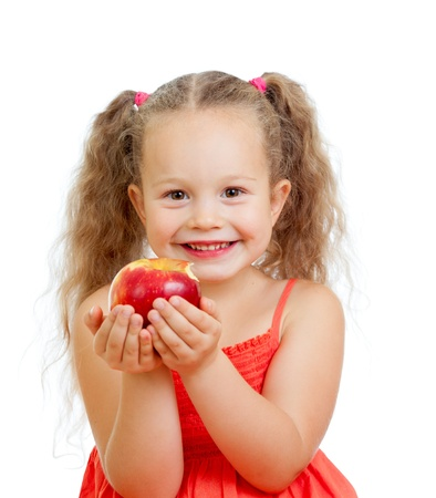 ni�o comiendo manzanas alimentos saludables photo