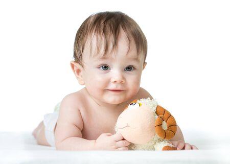 ovejitas: Bebé, acostado, estómago, peluche, juguete