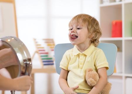 speech therapy exercises Stock fotó - 91937302
