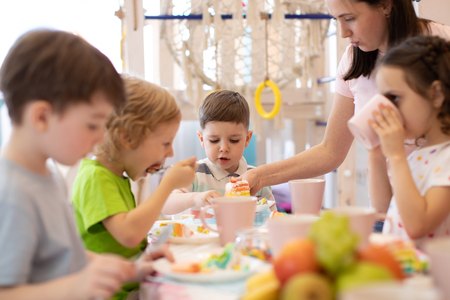 Kids eat at holiday in daycare