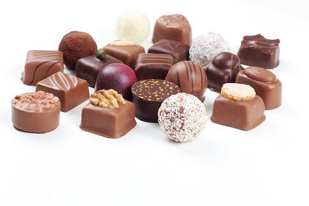 Assortimento di dolci pasticceria con cioccolatini e praline Archivio Fotografico - 66546104